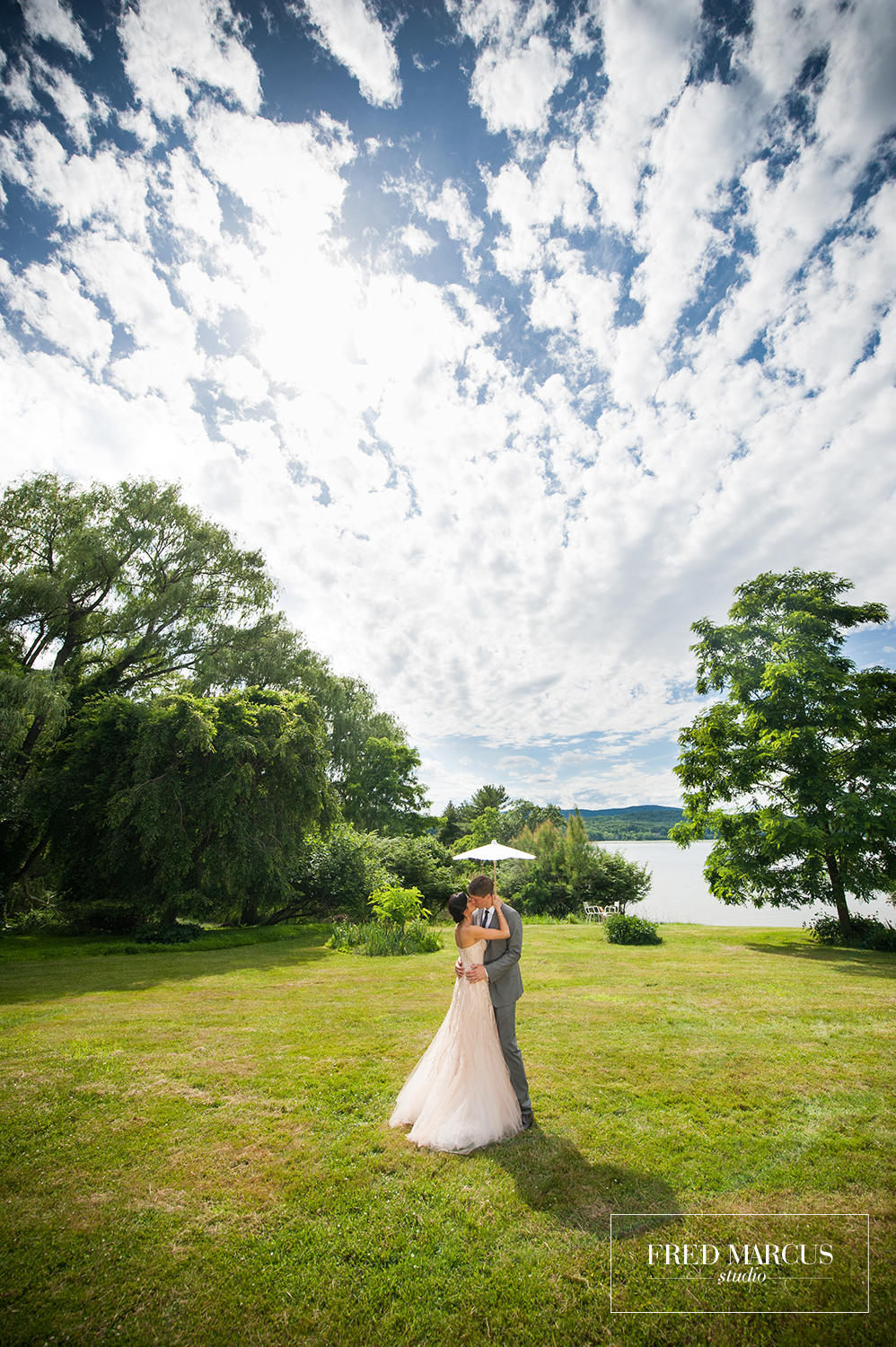 Photo of the Week: A Locusts on Hudson Wedding